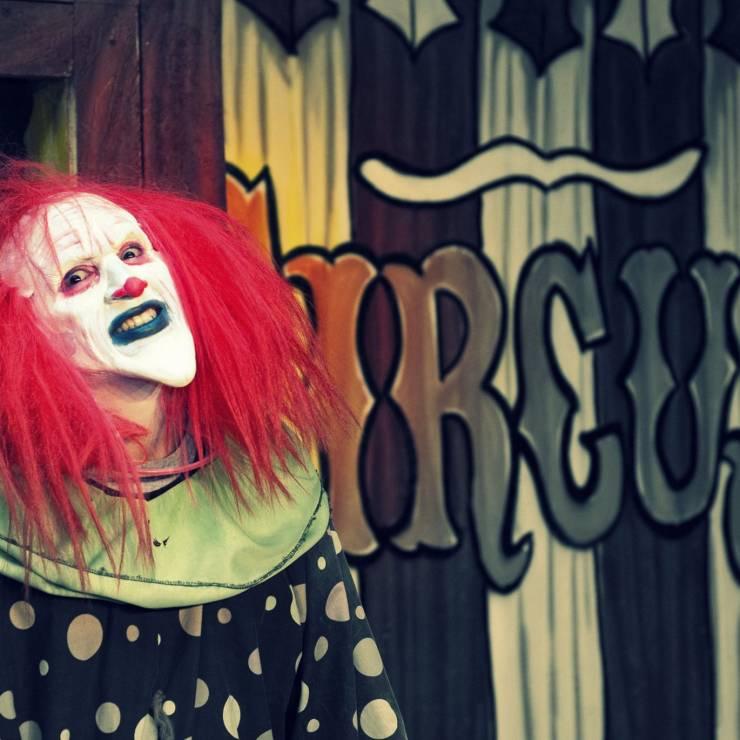Utah Haunted Houses: Why We're Dying to Visit Them